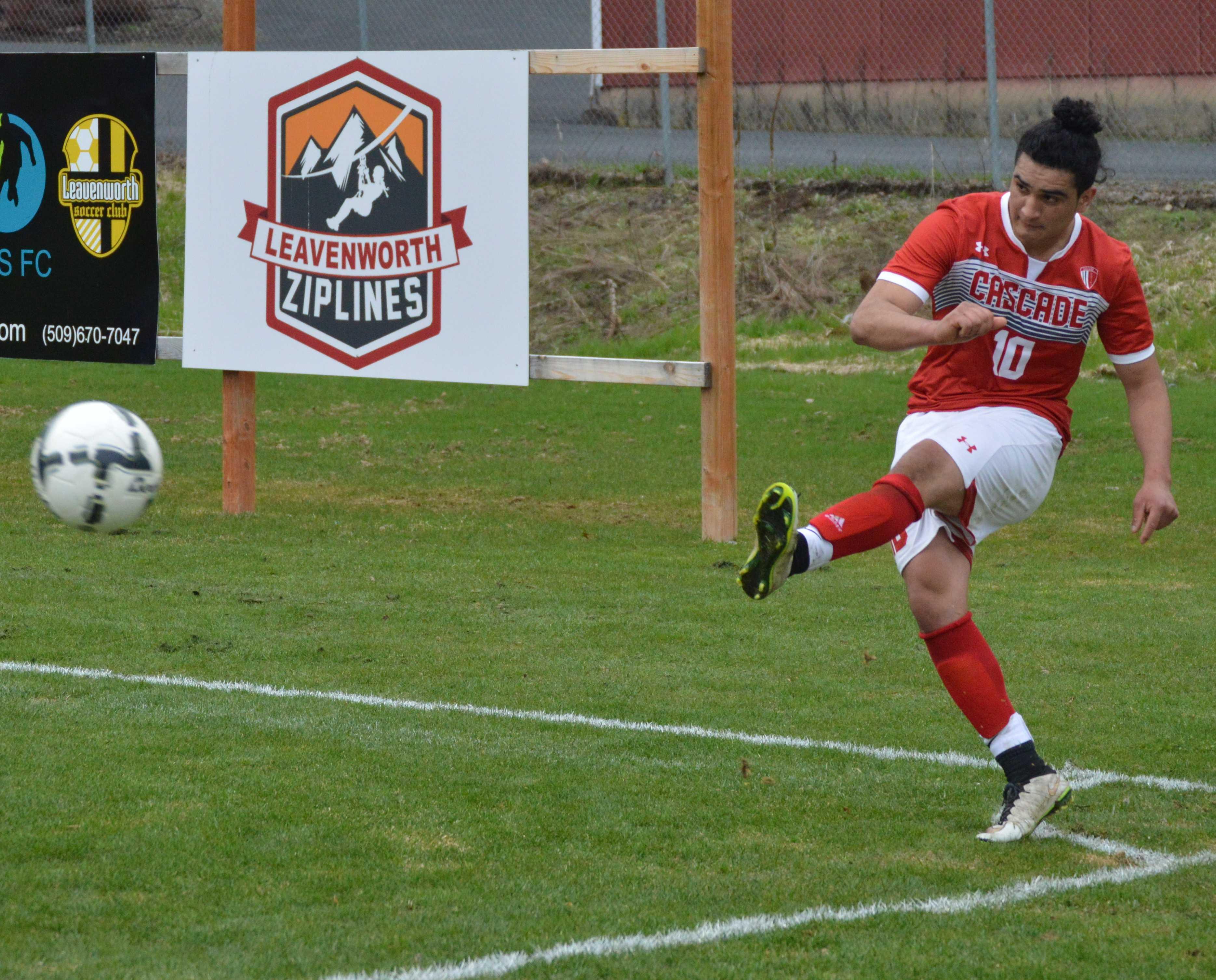Jose Valdez scored Cascade's first goal of the second half.
